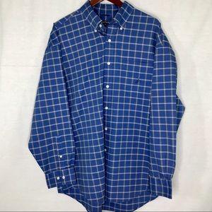 🦋3/$28 or 4/$35 Nautica Blue Button Down Shirt